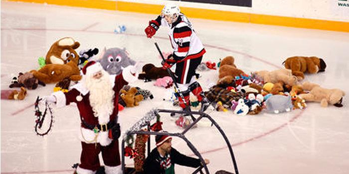Ottawa 67s Teddy Bear Toss 2016